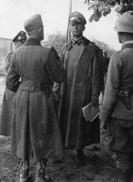 Командующий 3-й немецкой танковой армией генерал-полковник Рейнгардт. Май 1944 г.