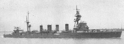 Японский легкий крейсер «Сендай».