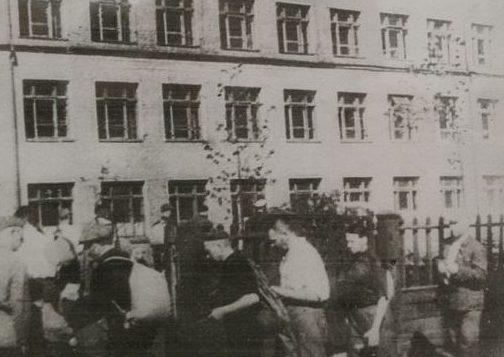 Запись добровольцев на фронт. 23 июня 1941 г.