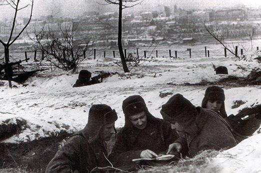 Наблюдательный пункт советских войск на подступах к Ростову.