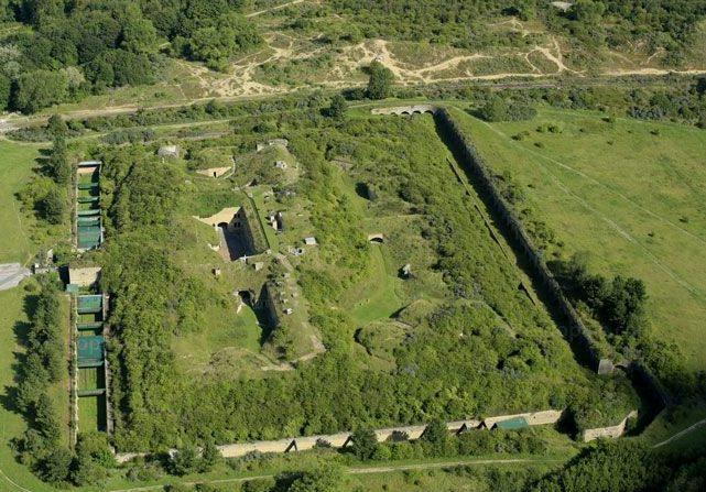 Общий вид форта с высоты.