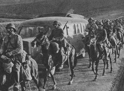 Румынская кавалерия в Бессарабии. 1941 г.