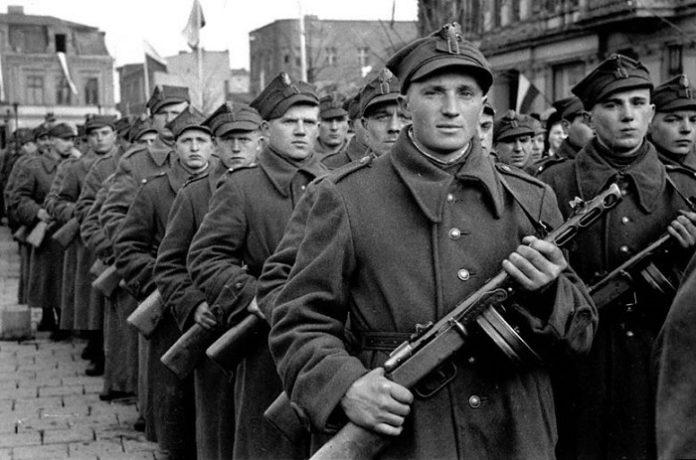 Солдаты Войска Польского, среди которых могли быть и выходцы и Западной Белоруссии.