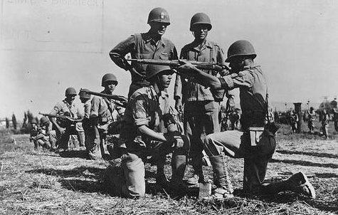 Обучение пехотинцев. 1940 г.