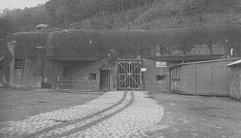 Железнодорожная узкоколейка входа для поставок боеприпасов форта «Hochwald». 1937 г.