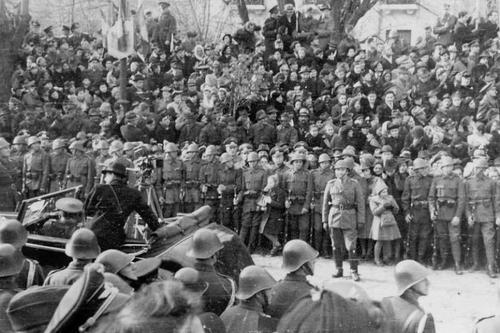 Парад в Бухаресте. 1940 г.