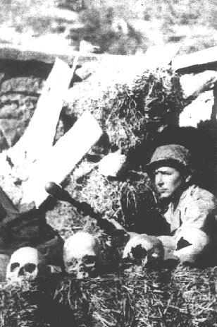 Бразильский снайпер на кладбище. Италия, 1944 г.