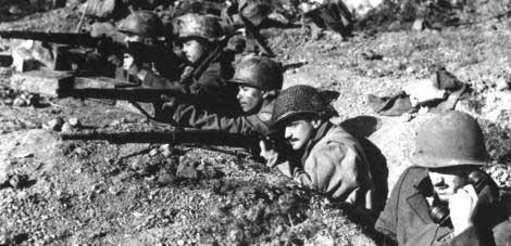 Бразильцы в окопах. 1944 г.