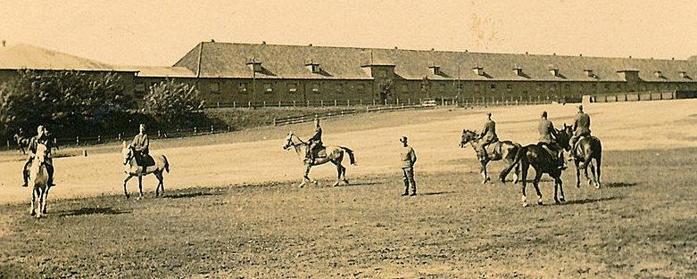 Школа верховой езды. 1939 г.