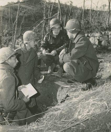 Интервью для прессы на передовой. 1944 г.