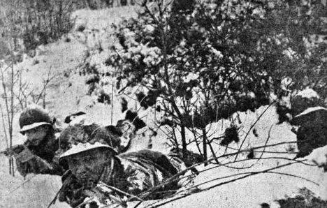 Пехотинцы в Аппенинах. 1944 г.