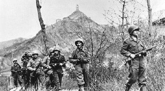 Бразильские солдаты время второго штурма Монте-Кастелло. 29 ноября 1944 г.
