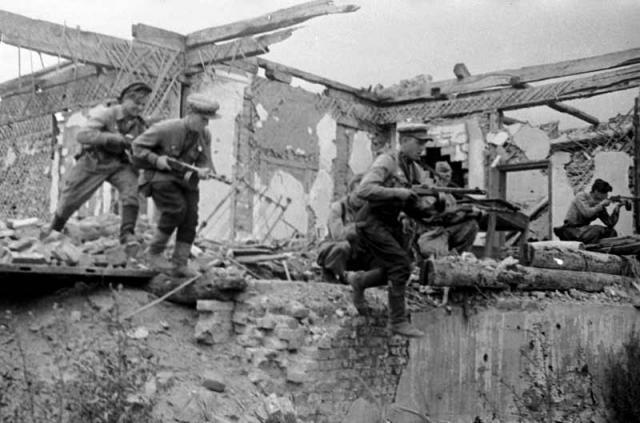 Городские бои. 5 августа 1943 г.