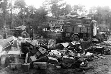 Трофеи, захваченные Красной Армией. Июль 1944 г.