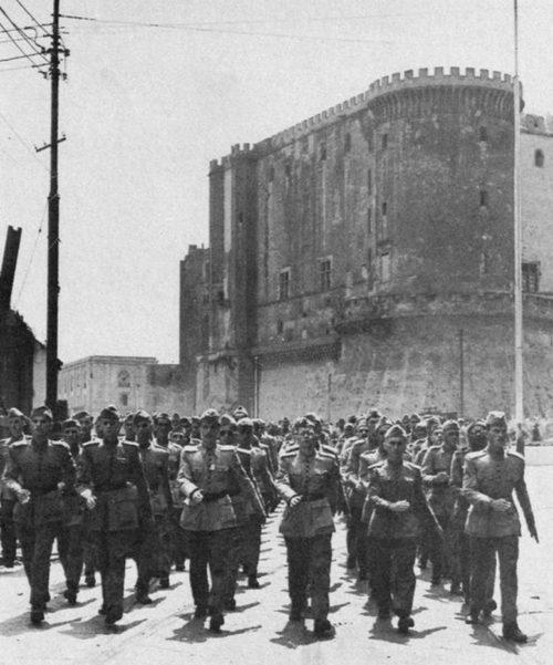 Бразильские солдаты в Неаполе. 1944 г.