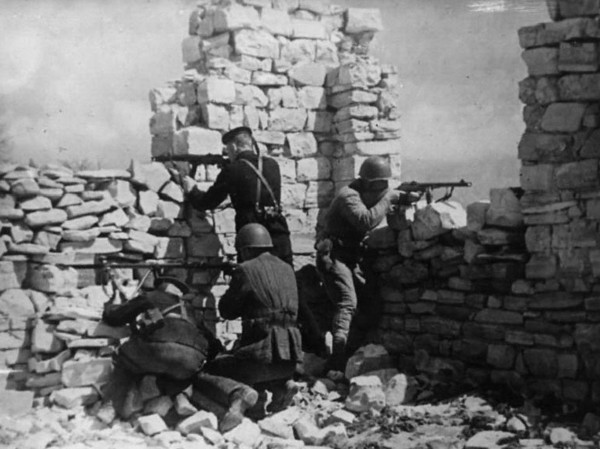 Бои на «Малой земле». 1943 г.