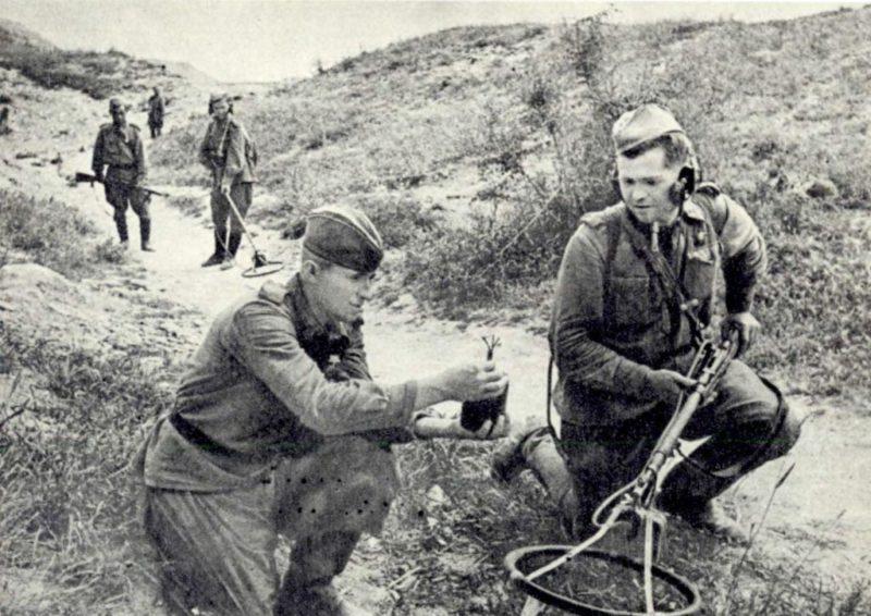 Саперы на «Малой земле». 1943 г.
