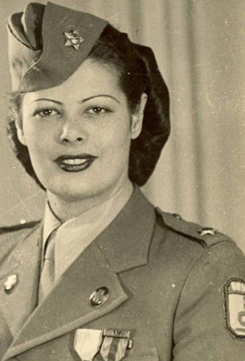 Майор Эльза Кансансао Медейрос воевала в Италии вместе с бразильскими экспедиционными силами. 1945 г.