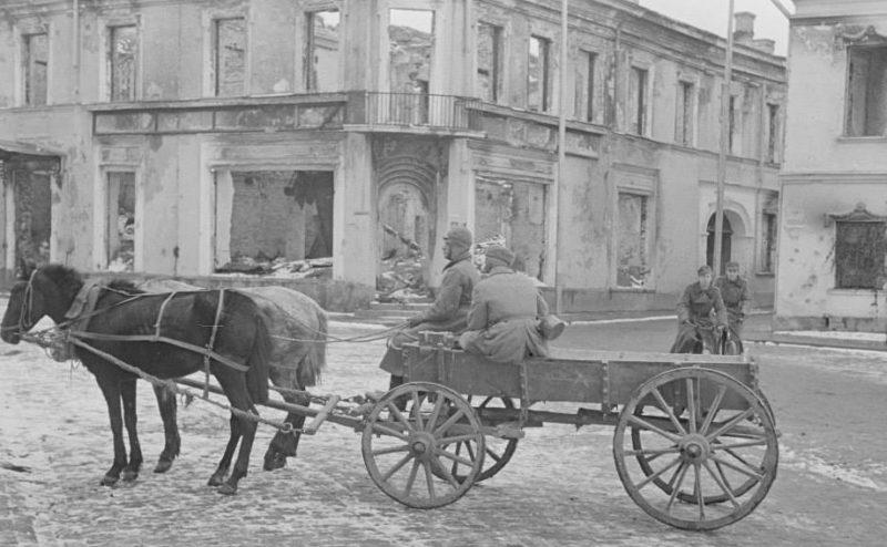 Гужевые повозки. 1940 г.