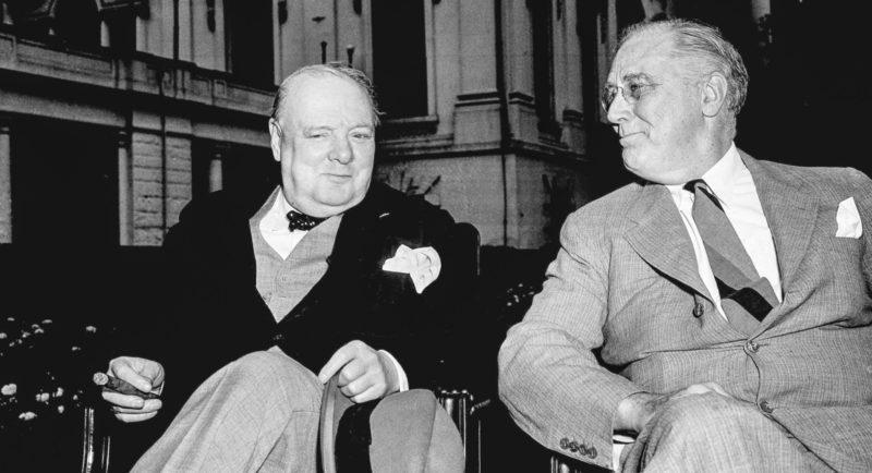 Черчилль и Рузвельт в Белом доме.