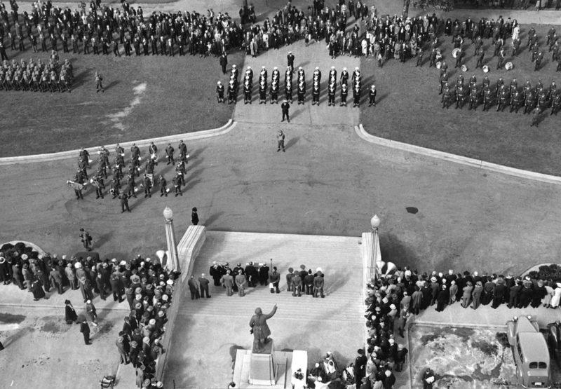 Объявление о вступлении Канады во Вторую мировую войну. Ванкувер, 10 сентября 1939 г.