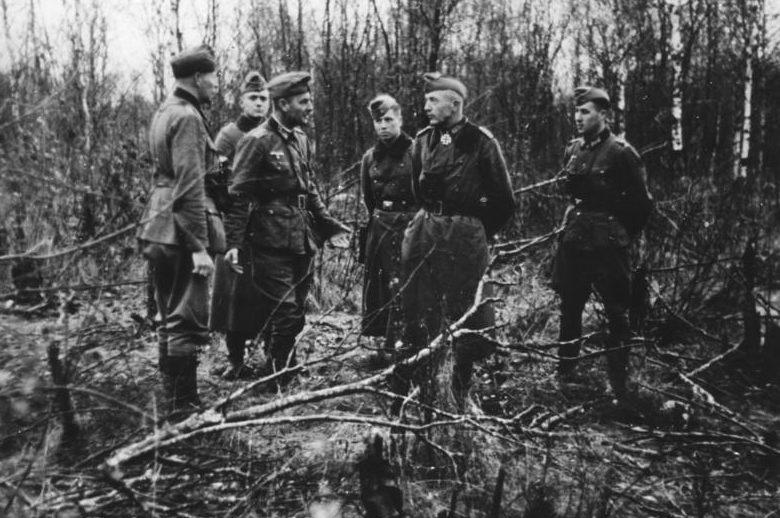 Немецкие офицеры в Демьянском «котле».