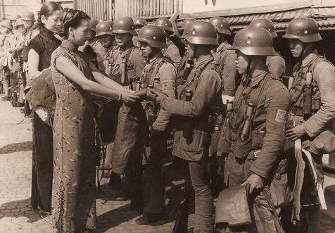 Солдаты 88-й дивизии во время Битвы за Шанхай. 1937 г.