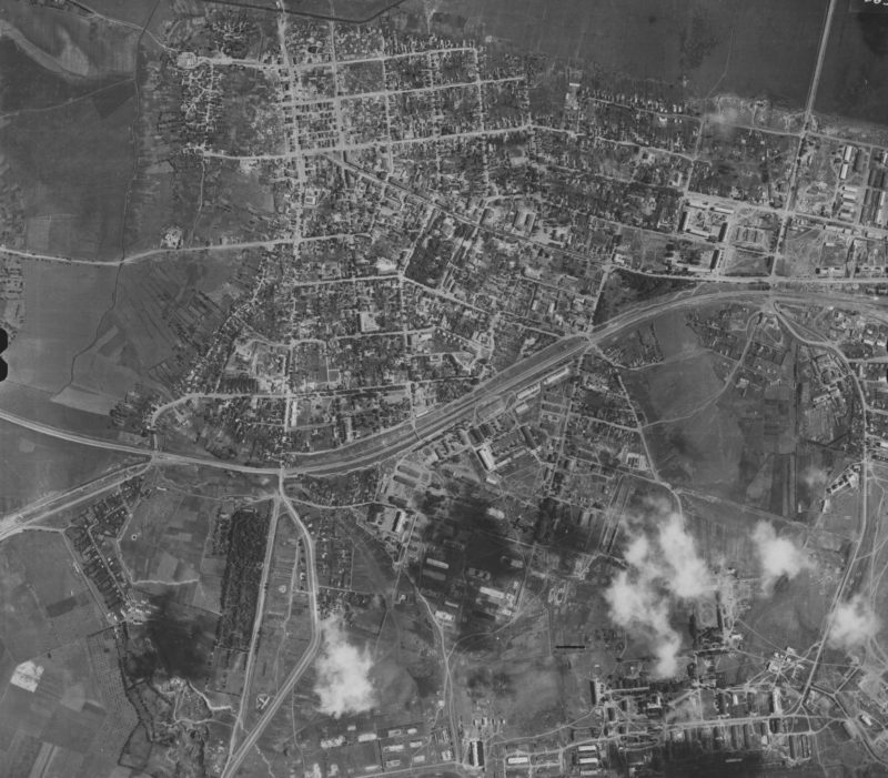 Немецкая аэрофотосъемка города. Весна 1944 г.