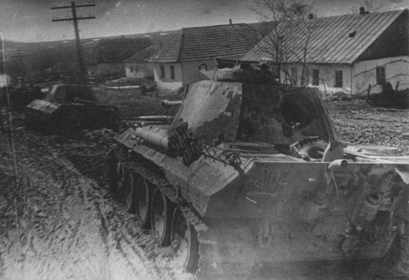 Немецкие танки в Проскурове. Март 1944 г.