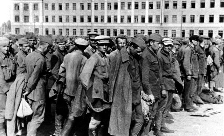 Советские военнопленные в концлагере «Stalag – 358». 1941 г.