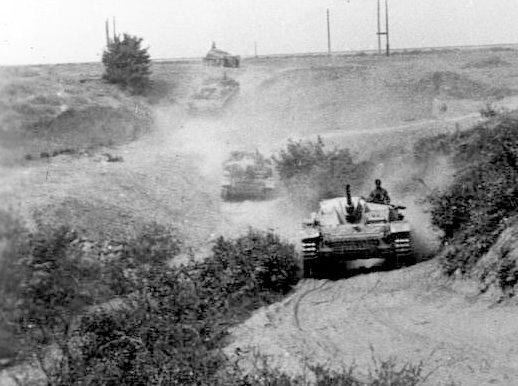 Немецкие солдаты на подступах к Сталинграду. Июль 1942 г.