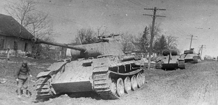 Немецкая техника, захваченная советскими войсками. Март 1944 г.