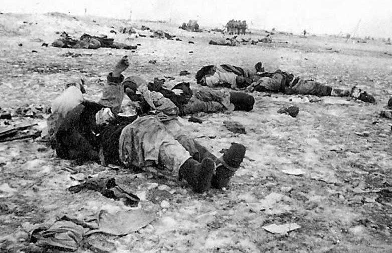 Поле после боя. Март 1942 г.