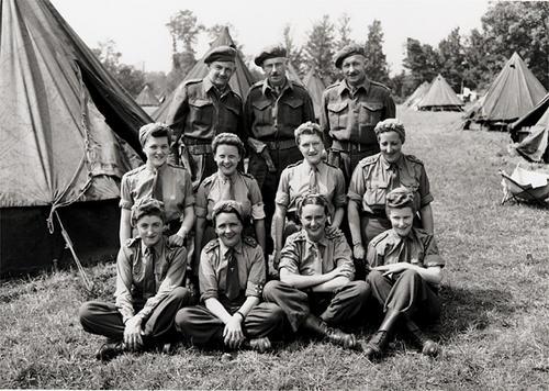 Медики полевого госпиталя в Байе, Франция. 2 августа 1944 г.