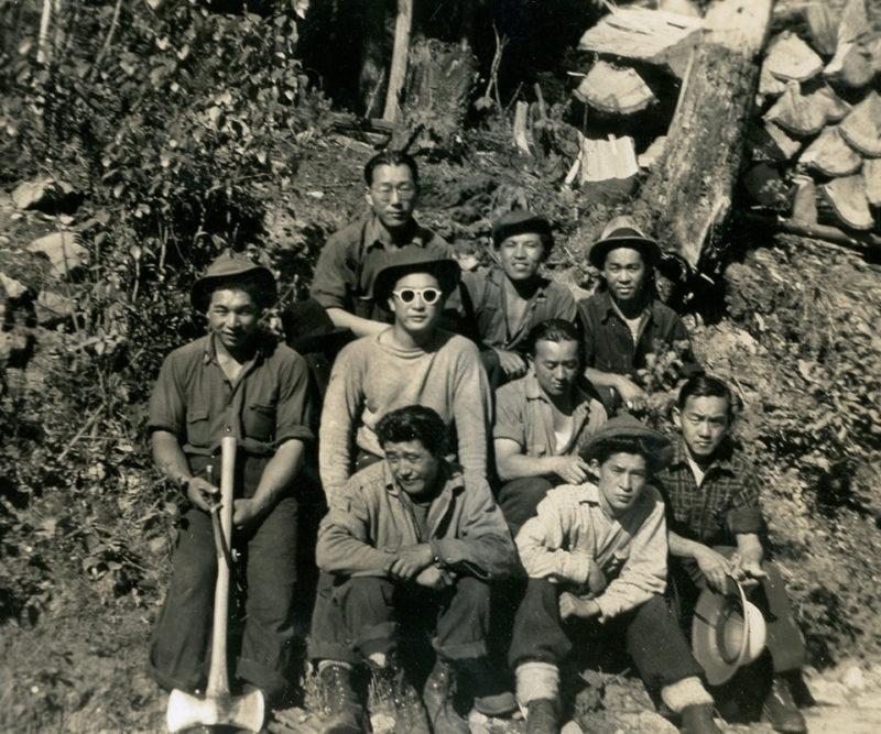 Японские лесорубы в лагере Тафт-роуд. Июль 1942 г.