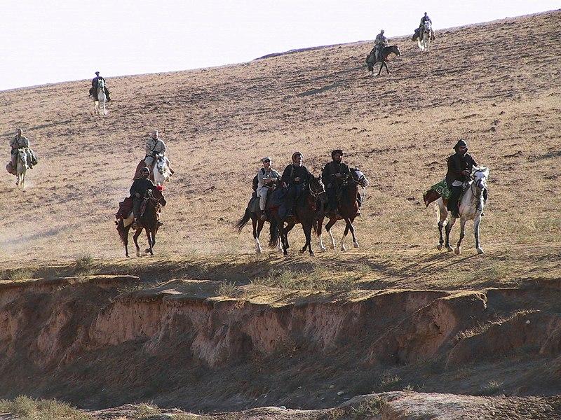 Афганские и американские солдаты в Афганистане. 2001 г.