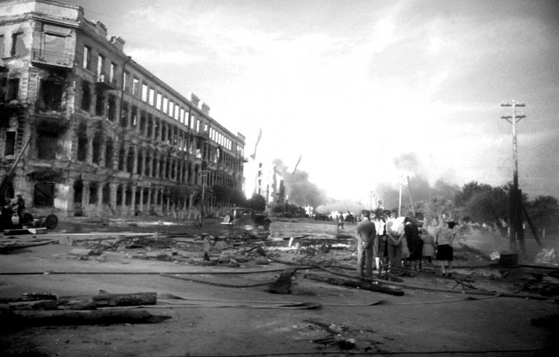Первые бомбежки Сталинграда. Август 1942 г.