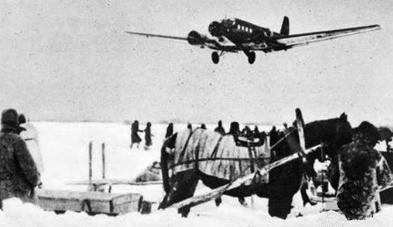 Немецкий аэродром в Сталинградском «котле». 1942 г.