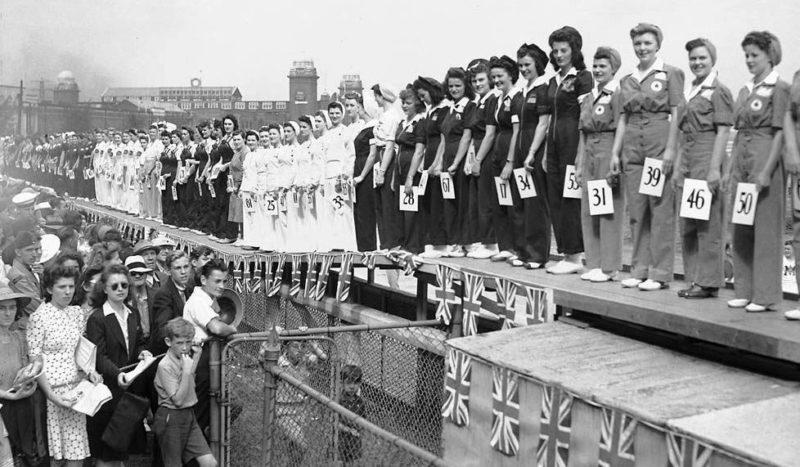 Конкурс красоты среди работниц военных предприятий «Мисс войны 1942 года». Торонто, 1942 г.