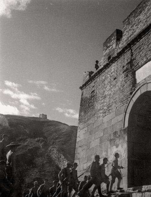 Японская 8-я армия у Великой китайской стены. 1937 г.