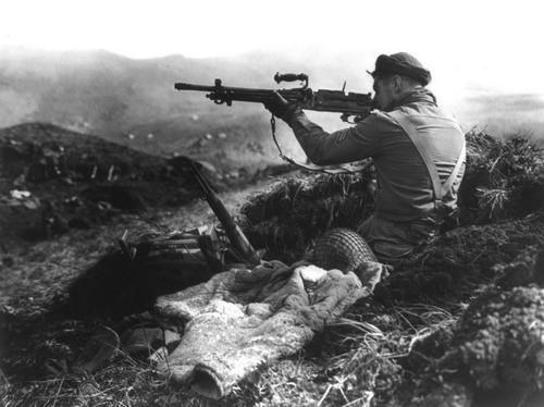 Канадский солдат на острове Киска. Алеутские острова, август 1943 г.