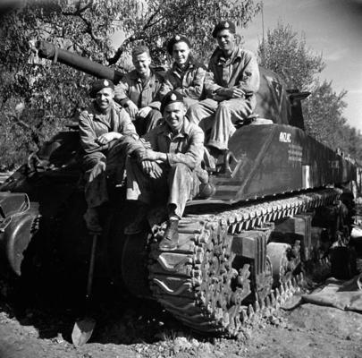 Экипаж танка «Шерман», Термоли, Италия. 15 октября 1943 г.