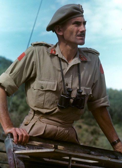 Канадский генерал-майор Гай Симондс во время боев в Италии. 1943 г.