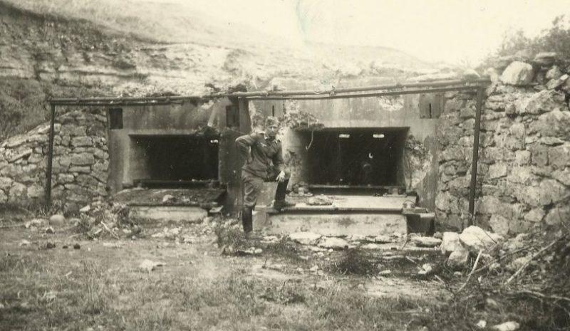 Захваченный немцами ДОТ.