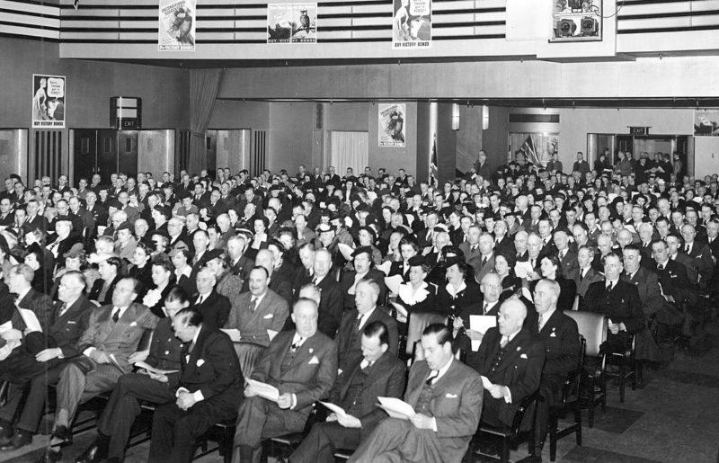 Мероприятия, посвященные распространению облигаций военного займа. Торонто, 1943 г.