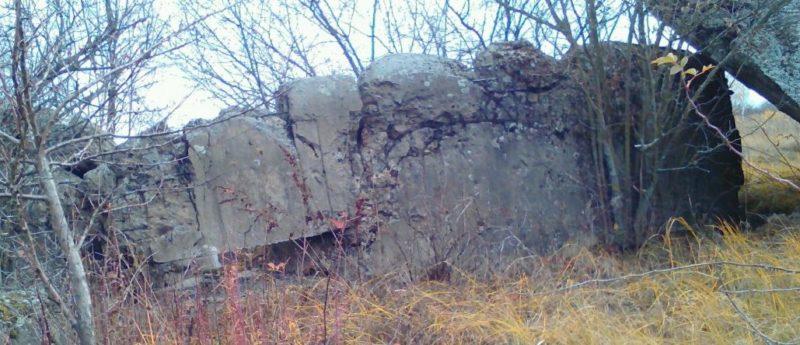 Развалины ДОТа №454.