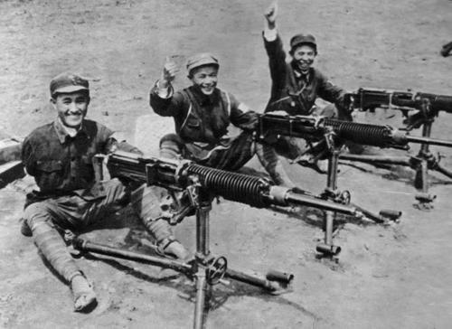 Захваченные японские пулеметы в битве при Сюйчжоу. 1938 г.