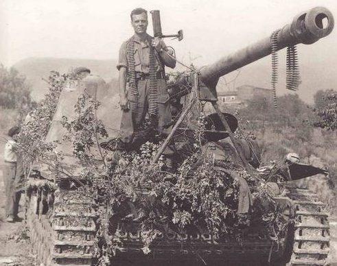 5-я канадская бронетанковая бригада под Понтекорво, Италия. 26 мая 1944 г.
