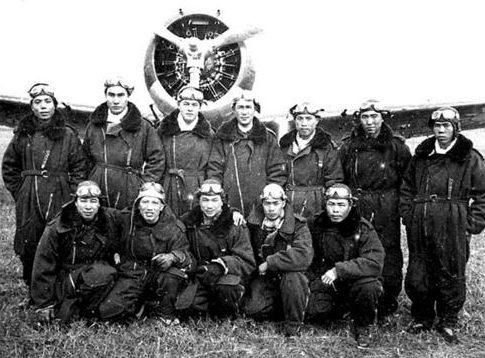 Пилоты 18-го авиационного полка в Куньмине, 1939 г.