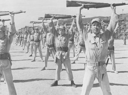 Национально-революционная армия на тренировке. 1939 г.